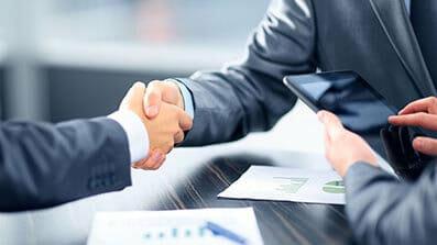什么是代理股东和代理董事?